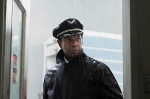foto-denzel-washington-en-el-vuelo-3-811