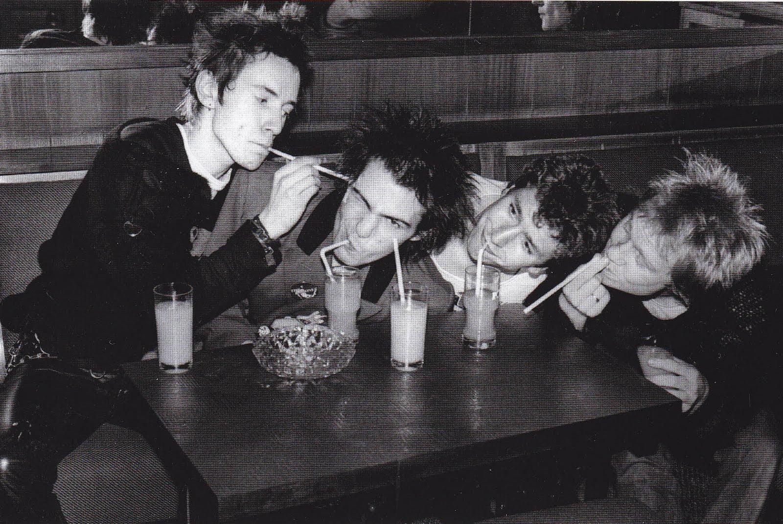 Sex Pistols- Never Mind The Bollocks-8919